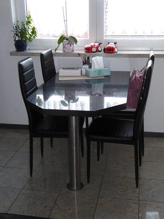 Natursteine-Bina-Innenbereich-5-Tisch