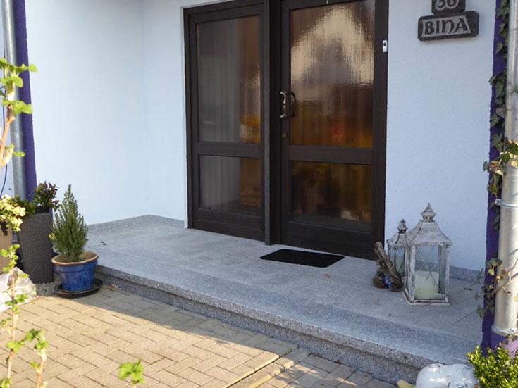 Natursteine-Bina-Kirn-Eingang