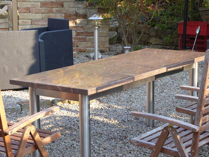 Natursteine-Bina-Kirn-Innenausbau-Tisch